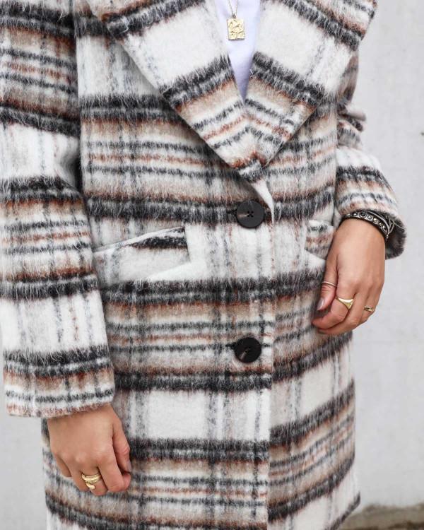 Smuk frakke til damer med tern