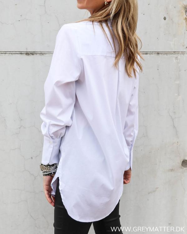 Vila skjorte i hvid til damer