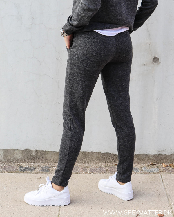 Strik bukser fra Vila til damer