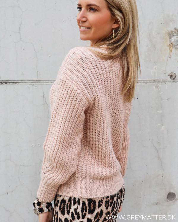 Vila lyserød strik trøje til damer