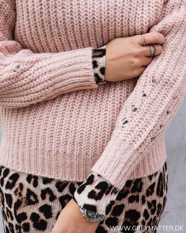 Hverdags bluse til damer i smuk lyserød farve fra Vila