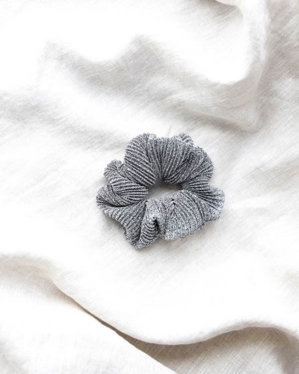 Pieces hårelastik Pcamanda Silver Scrunchie