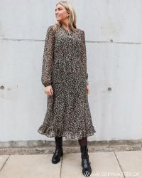Viblumsta Flounce Dress