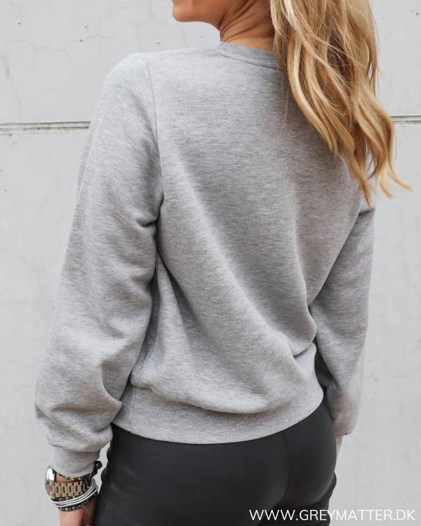Sweatshirt fra Pieces med perler
