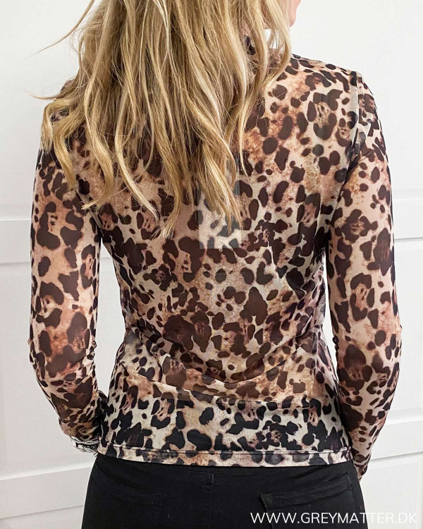 Bluse fra Vila med leopard print