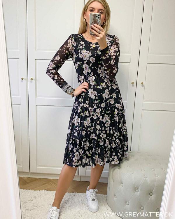 Smuk Vila kjole