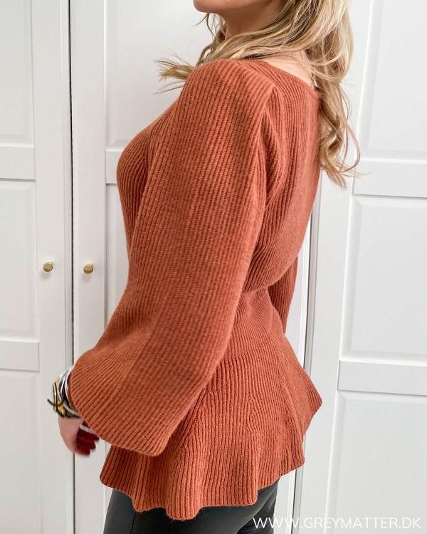 Strik trøje i rust rød fra Only