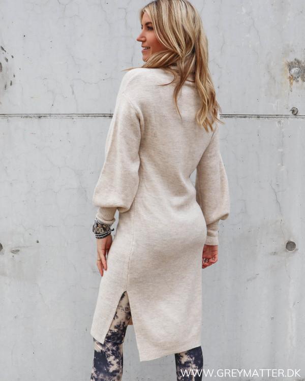 Pieces kjole i strik til damer