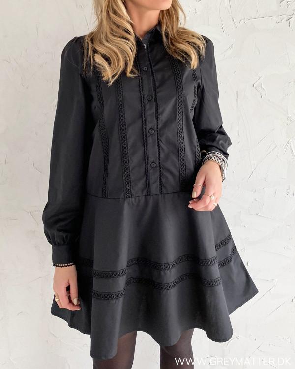 Sort Vielon kjole fra Vila
