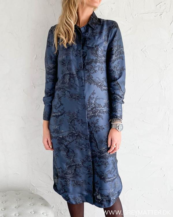 Harper kjole med print fra Karmamia
