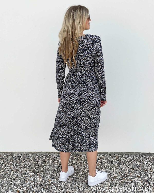 Langærmede kjoler i trendy print