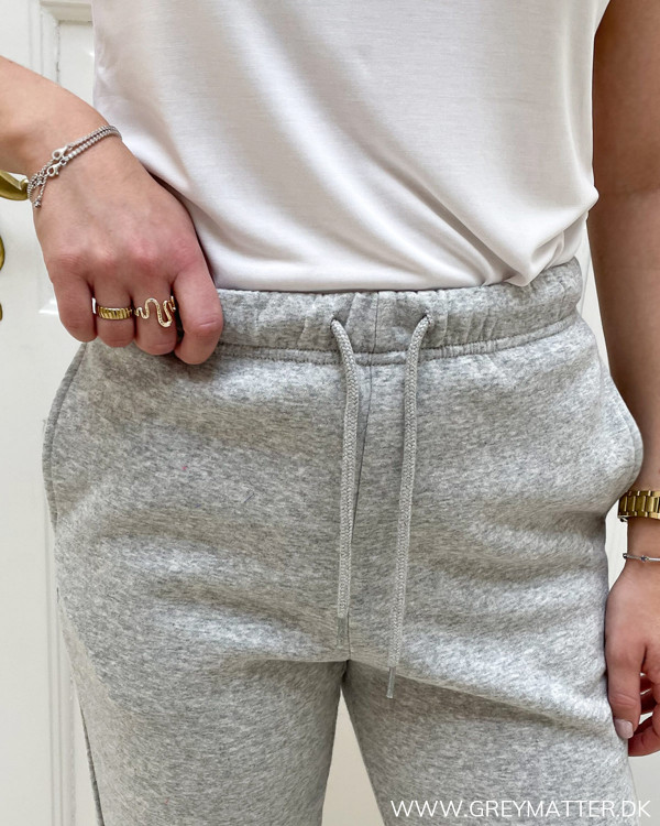 Pieces sweat pants i lysegrå