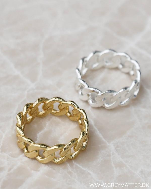 Pure By Nat smykker