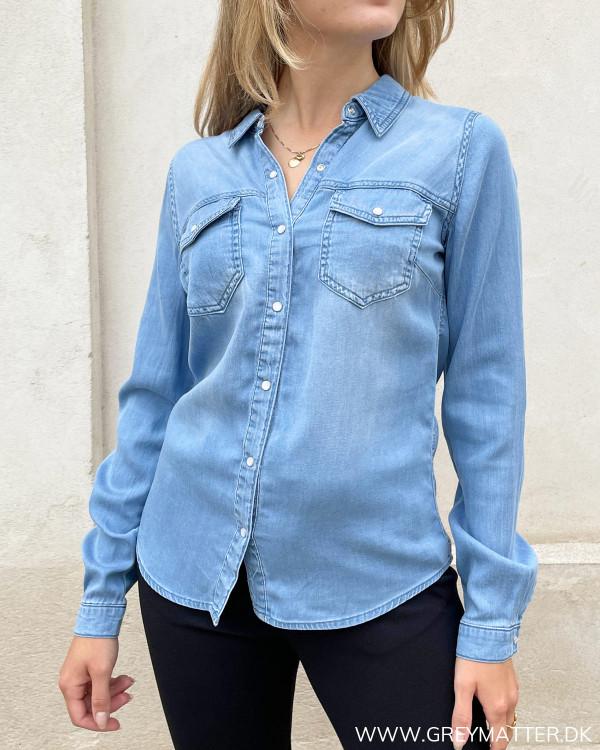 Cowboy skjorte med knapper og brystlommer