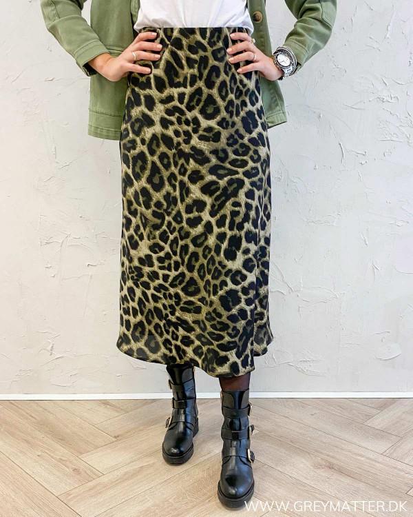 Bovary army grøn nederdel i leopard