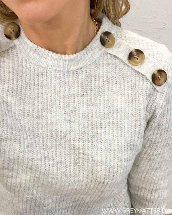 Vila Vinora Light Grey Melange Button Knit