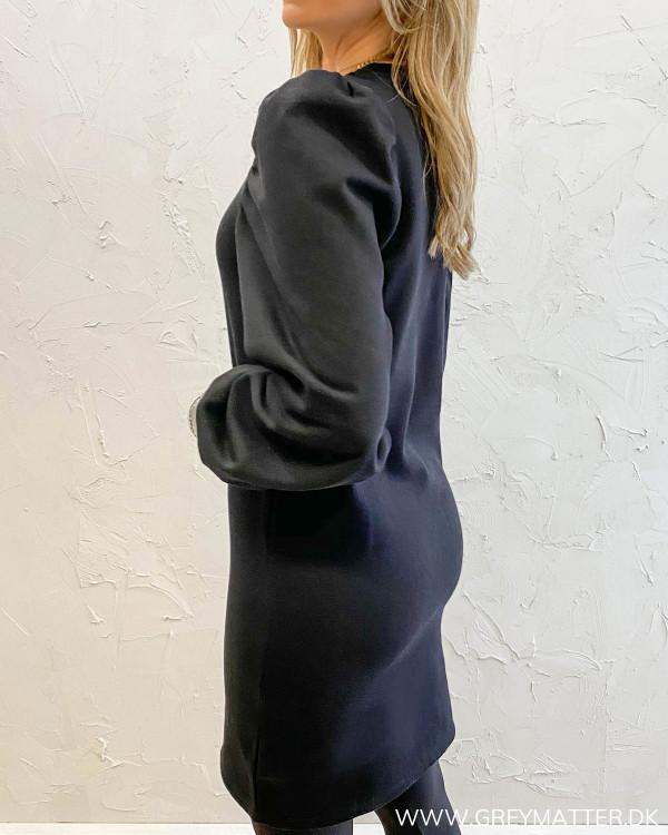 Sort kjole til damer fra Pieces