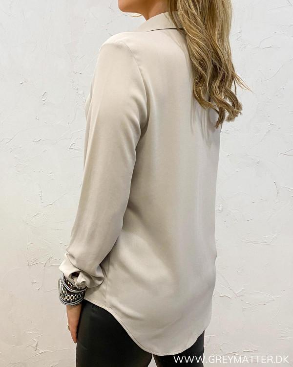 Vilucy Button Dove Shirt