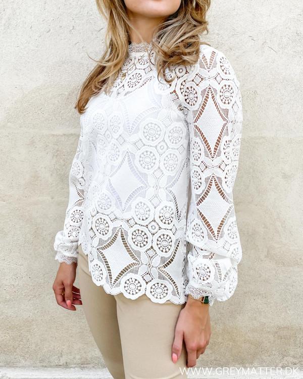 Hvid blonde bluse fra Vila
