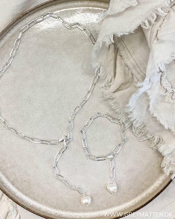 Lænke halskæde med saltvandsperle i hvid