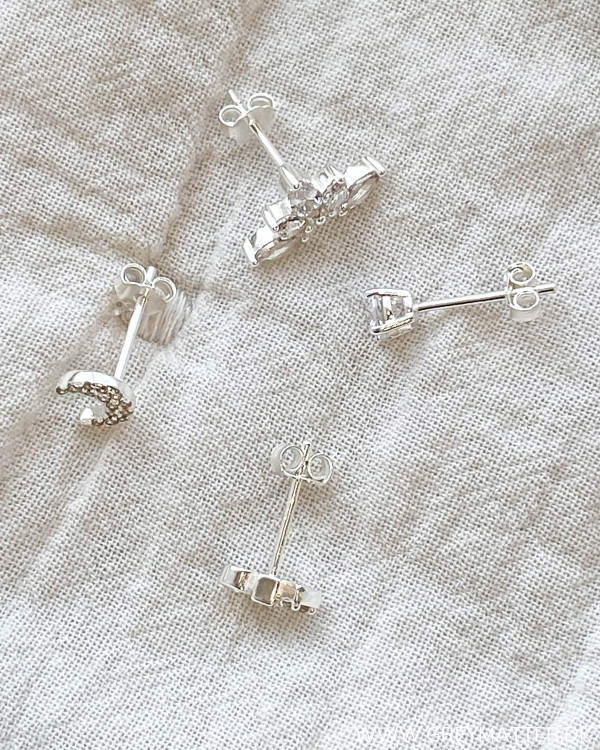 The Four Silver Earrings 05