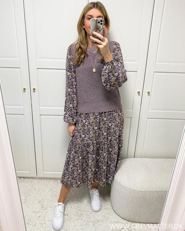 Slipover stylet med midi dress
