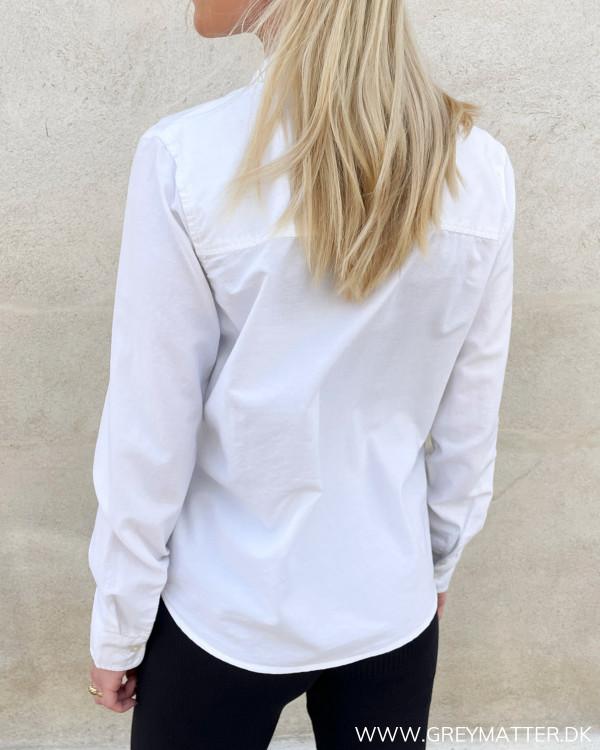 Hvide skjorter til damer fra Pieces