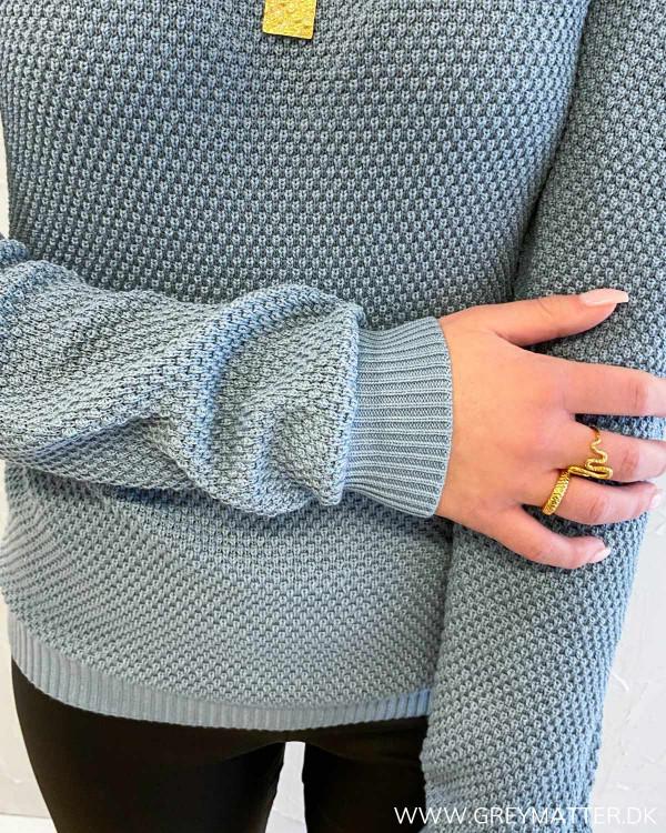 Vichassa Ashley Blue Knit Blouse