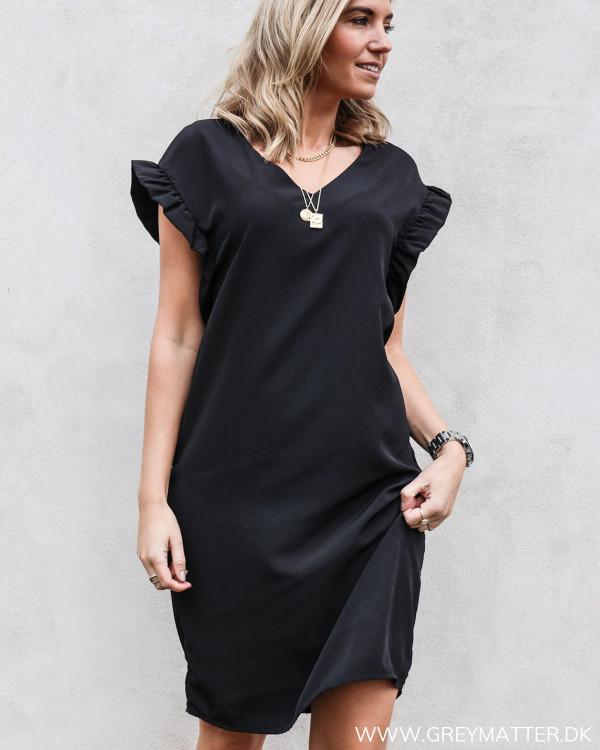 Vila Vijoan Flounce Black Dress