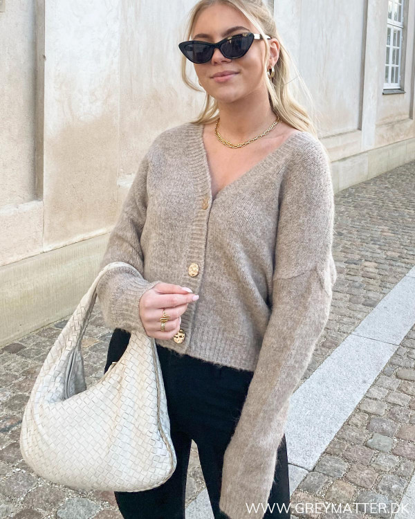 Chunky cardigan fra Only i smuk taupe farve