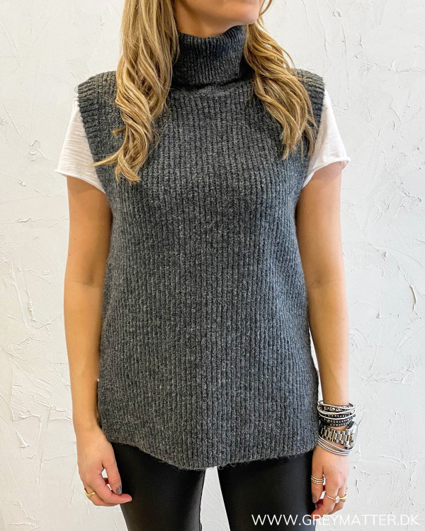 Onlcora Dark Grey Rollneck Vest