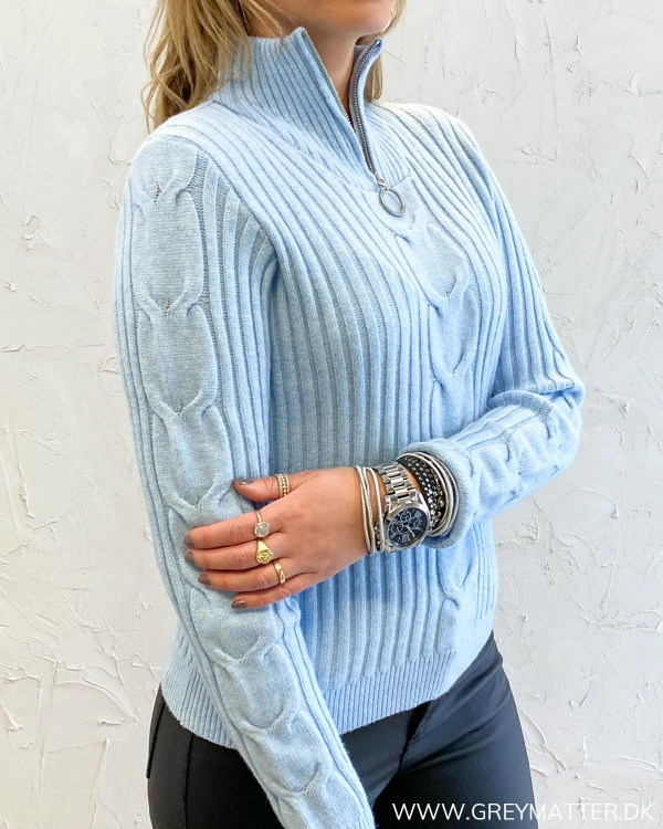 Viril Cashmere Blue Zip Neck Knit