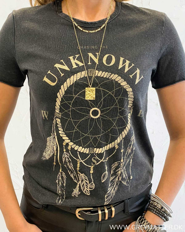 Onllucy Life Chasing The Unknown T-Shirt