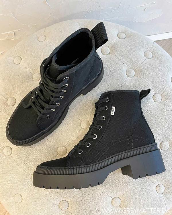 Onlphoebe Black Canvas Lace Up Boots