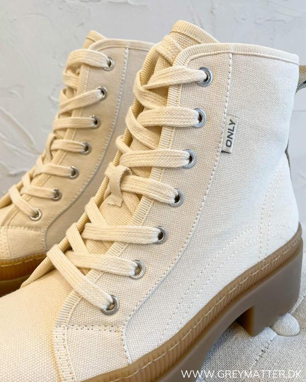 Onlphoebe White Canvas Lace Up Boots