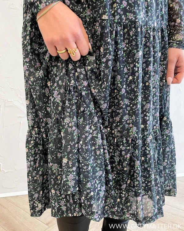 Vidavis Printed Black Small Purple Flowers Dress