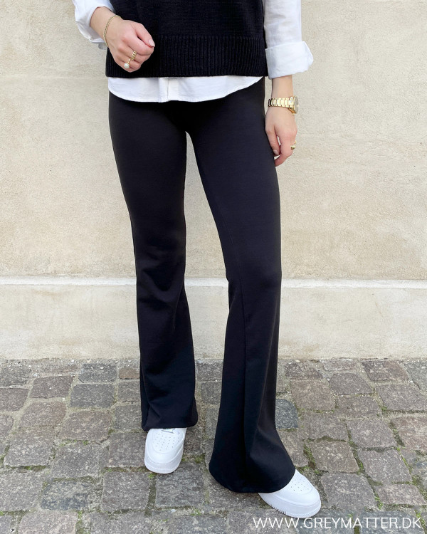 Onlfever Stretch Flaired Black Pants
