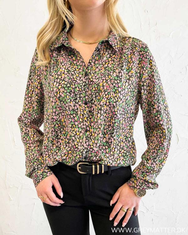 Vilucy Button Black Shirt