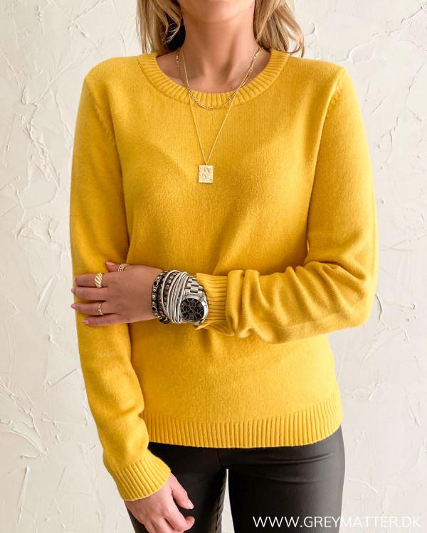 Viril Spicy Mustard O-Neck Knit