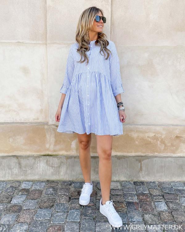 Stribet kjole fra Only