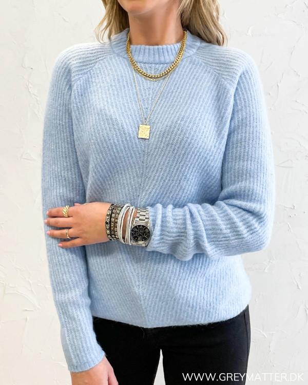 Yasallu Powder Blue O-Neck Knit Pullover