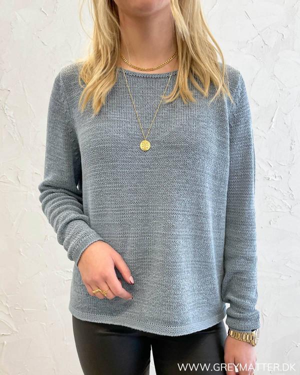 Visinoa Boatneck Ashley Blue Knit Top