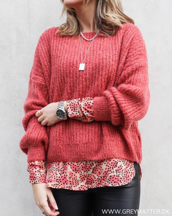 Loose Faded Red Melange Knit