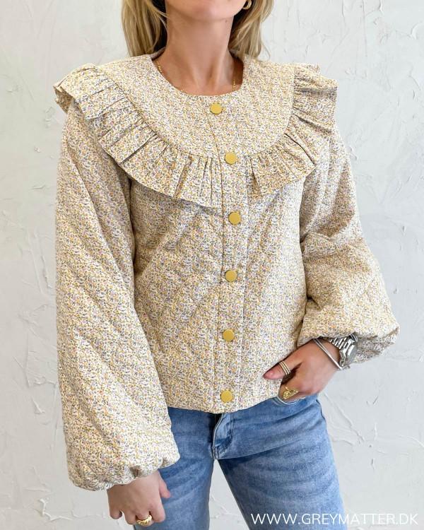 Modetøj til damer fra Vila