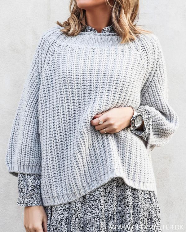 Chunky Light Grey Knit
