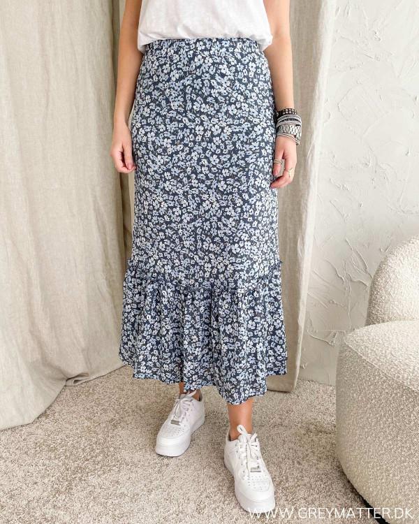 Onlpella Vintage Indigo Ranch Flower Skirt