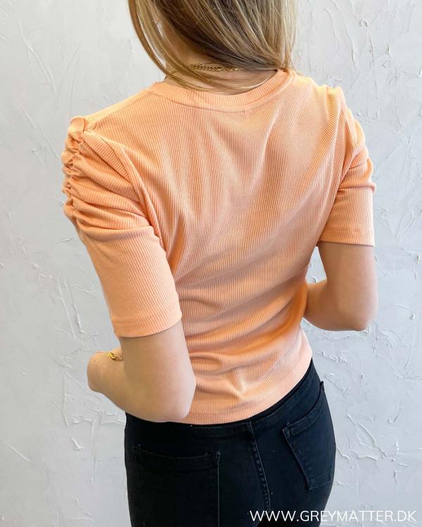 Only t shirt med pufærmer