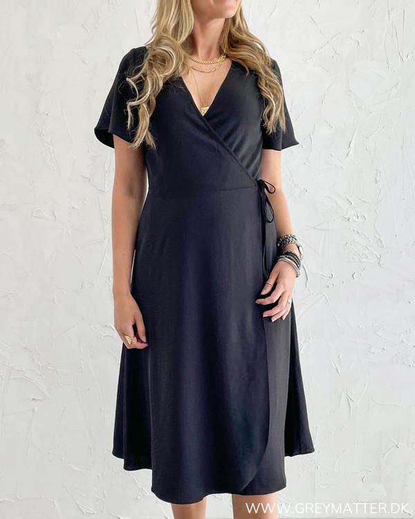 Vilovie Black S/S Wrap Midi Dress