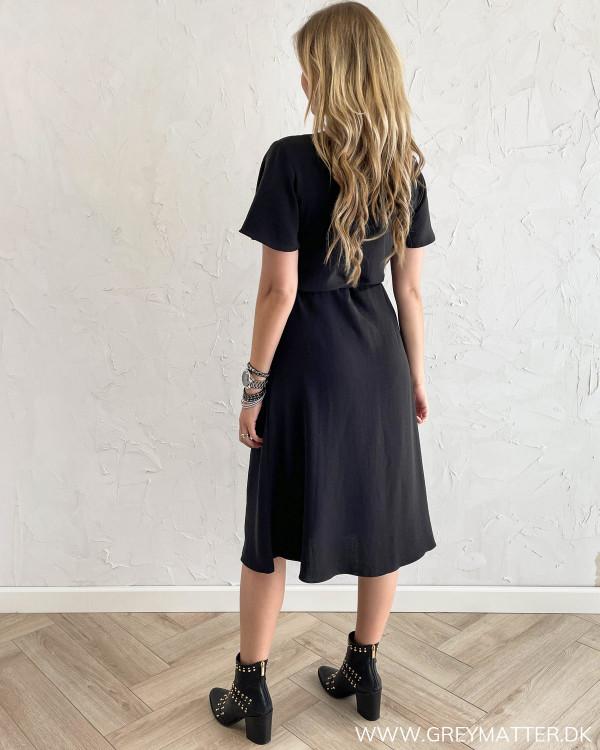 Sorte kjoler fra Vila