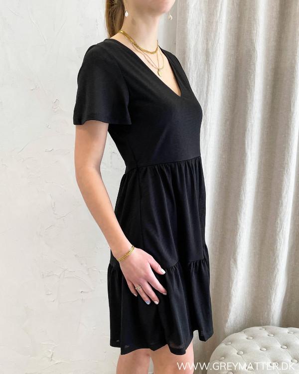 Sort loose-fit kjole